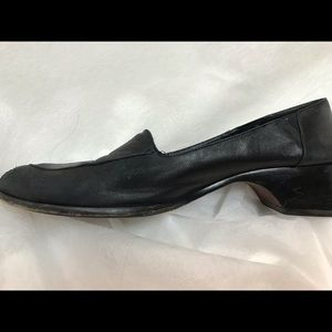 Cole Haan Black leather loafers 8.5 AA N Narrow